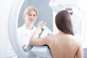 Методы УЗИ и маммографии подтверждают диагноз липомы молочной железы