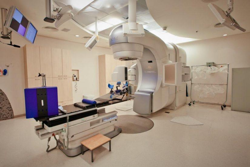 Как проводят лучевую или радиотерапию при раке груди