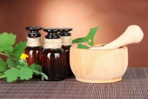 Отвар чистотела народное средство от воспаления и опрелости кожи