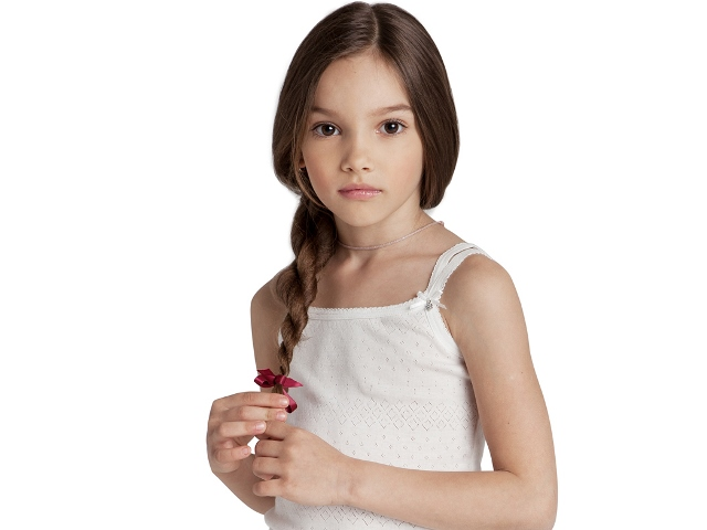 Когда у девочек начинают расти молочные железы