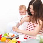 Жареное при грудном вскармливании: можно ли картошку, рыбу, яйца, котлеты, что нельзя и почему